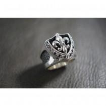 925 Sterling Silver Fleur-De-Lis Ring with Stingray Leather & Black CZ SR51